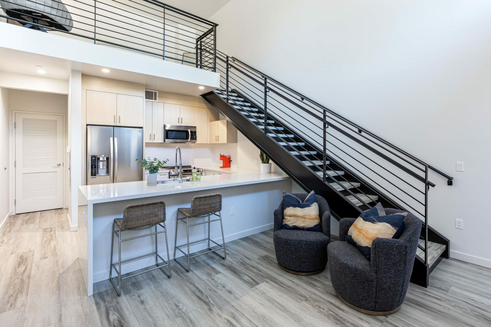 Lofted 1 Bed Townhome